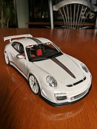 *Perfect condition* Openable 1:18 Porsche 911 GT3 RS 4.0