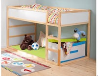 Wooden reversible bunk bed (reversible: blue & white)