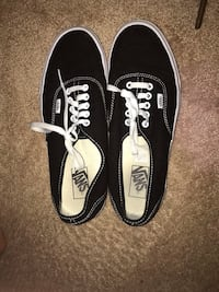 Black and White Vans Woodbridge, 22192