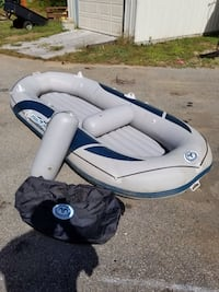 white and blue inflatable boat Deerfield, 03037