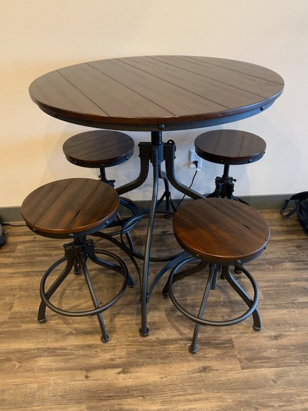Used Odium Counter Height Dining Room Table Bar Stools