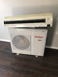 white split type air conditioner with air condenser Montréal, H2S 2J7