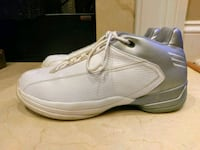Mens Adidas shoes size 8 York, 29745