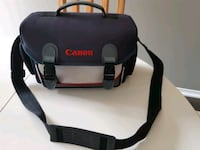 Canon deluxe camera bag Whitby, L1R 3R1