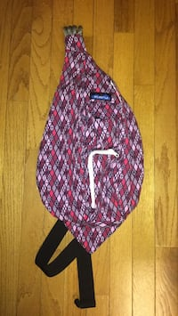Brand new without tags Kavu bag (*never used*)