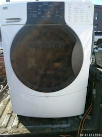 white front-load clothes dryer 33 mi