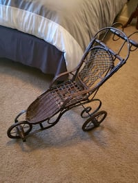 Antique style doll stroller