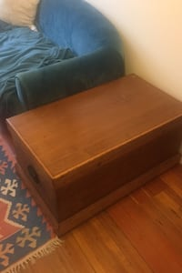 Wood trunk/coffee table