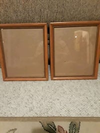 2 wall frames with wire