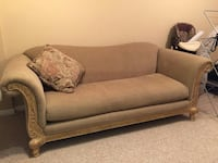 Quality couch Kitchener, Ontario, N2H