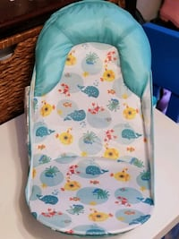 Summer Infant bath seat Toronto, M2M 1P5