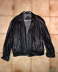 MEN'S LEATHER JACKET / MANTEAU EN CUIR POUR HOMMES Montreal, H1G 4Z3