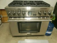 Thermador stove with 2 stacked ovens. Like new!  Tucson, 85704