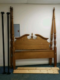 Nice Queen Antique 4-Poster Bed Frame