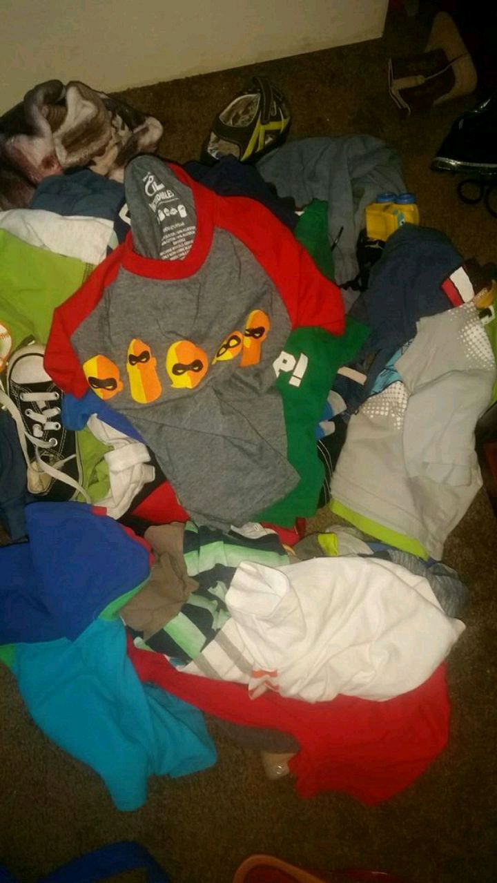Photo Trashbag full of baby boy clothes 0-3 months 6-9 months 3t&4t