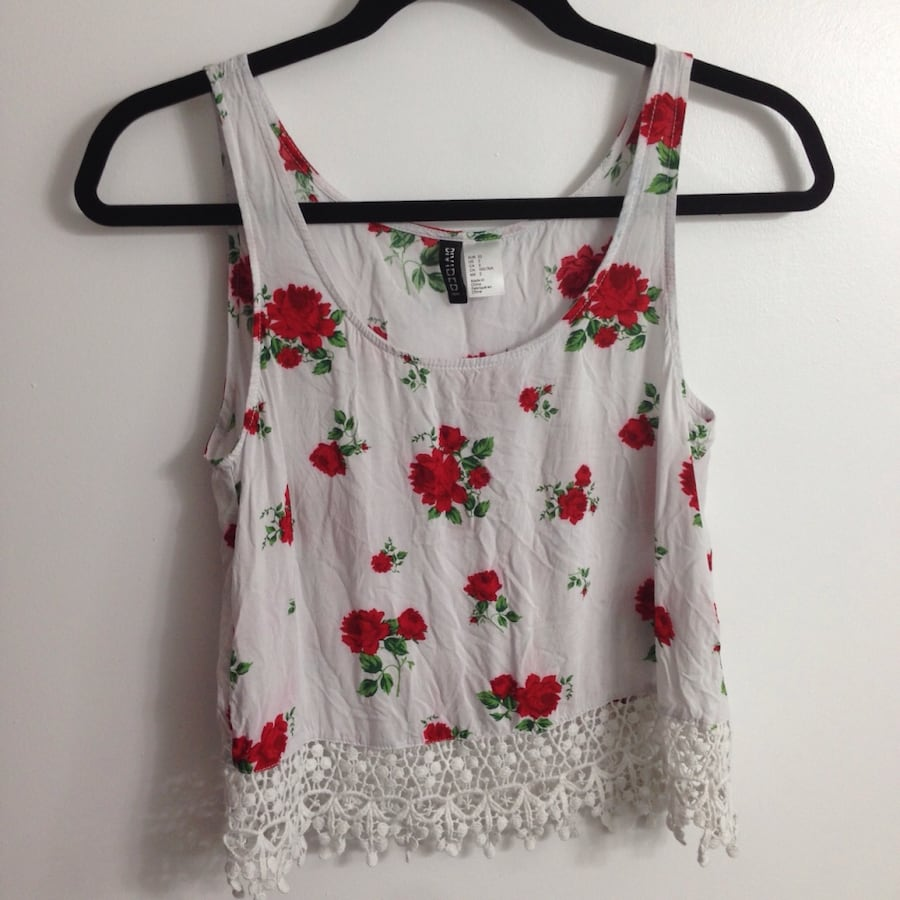 White and red rose floral sleeveless crop top