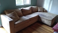 Micorfiber suede sectional in excellent condition Orange