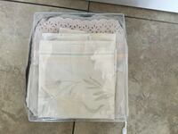 DUVET COVER WITH 2 PILLOWS IN GOOD CONDITION  Montréal, H9K 1S7