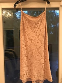 Kay Unger Nude color lace skirt size 8 Washington, 20024