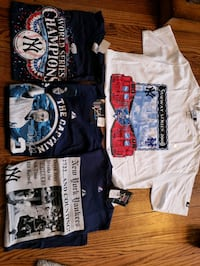 4 new old stock Yankees shirts size large