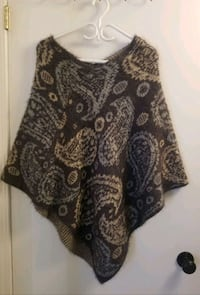 women's brown and black floral sleeveless top Toronto, M2N