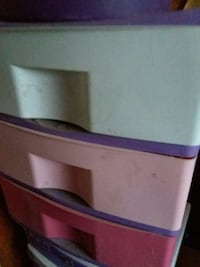 3 drawers plastic dresser have 2 they r $10.00 eac Brockport, 14420