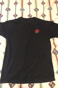 Rose black t-shirt  Surrey, V3V 3X8