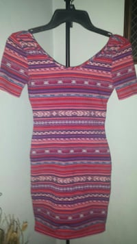 Size Small Form Fitted Dress Virginia Beach, 23456