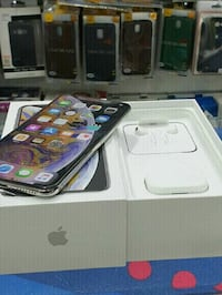 IPhone Xs max for sale comes with all accessories