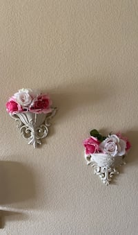 Wall sconces with flowers  Las Vegas, 89148