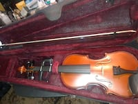 Violin w/ bow and bookbag case  Temple Hills, 20748
