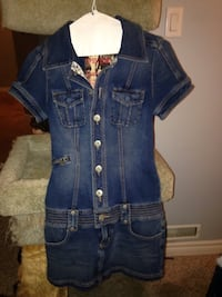 Guess stretch denim dress Very cute Size small Mint condition