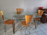Modern table with 4 chairs Fort Lauderdale, 33315