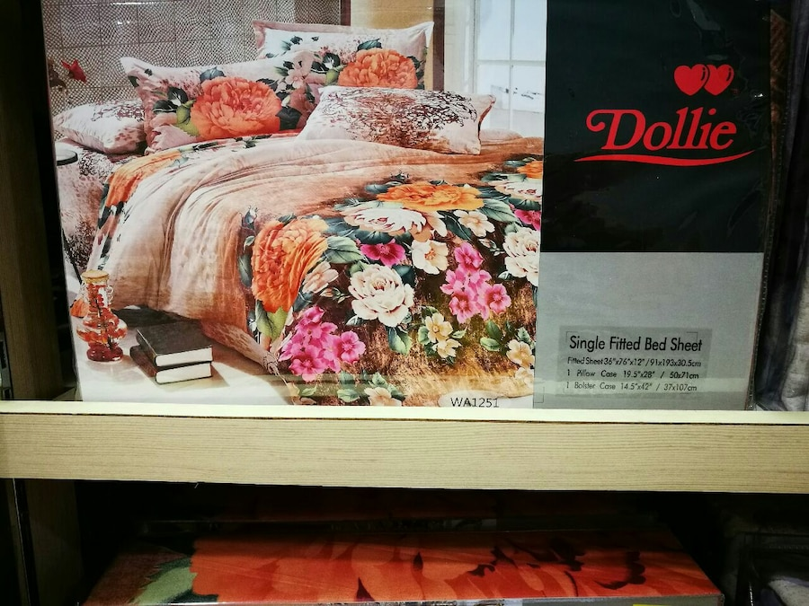 Dollie Single Fitted Bed Sheet Box