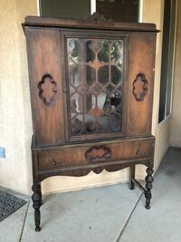 Antique cabinet and matching dining table set Bakersfield, 93314