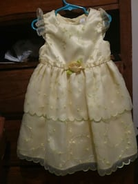 Toddler dress  Fort Smith, 72904