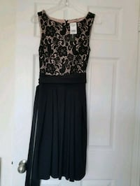 black and gray floral sleeveless dress Mississauga, L5M 0P5