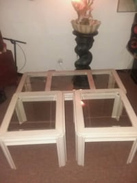 Living room table set pick up only Chicago, 60609