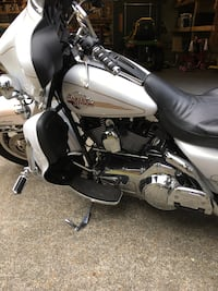 white Harley Davidson touring bike