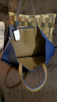 Authentic Lacoste Reversible Tote Mississauga, L5B 1S2