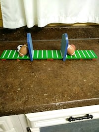 Book ends sports themed adjustable. Arlington Heights, 60004