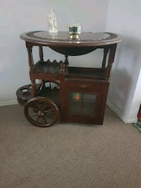 Antique mahogany tea wagon Kelowna, V1X 2B8