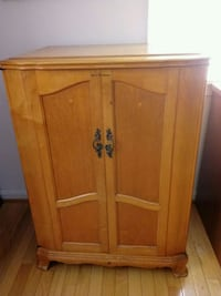 Antique TV cabinet Germantown