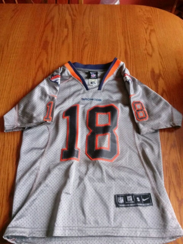 new style 6b8df f2663 Nike peyton manning broncos jersey youth small new