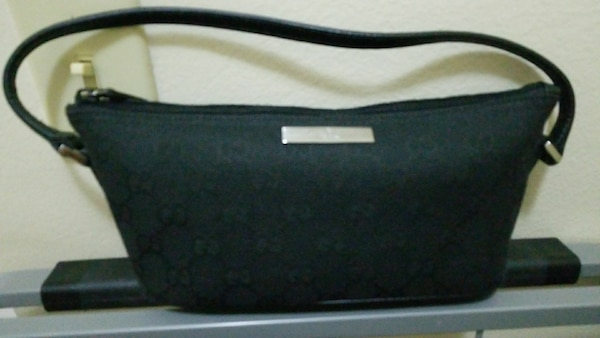 Brand new authentic Gucci Baguette