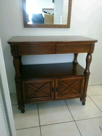 Solid Wheeled Tv Stand/Table Orlando, 32817