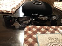 Oakley his and her sunglasses  Ashland, 41101
