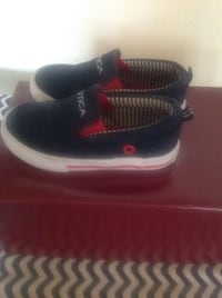 pair of black-and-red sneakers Lancaster, 93535