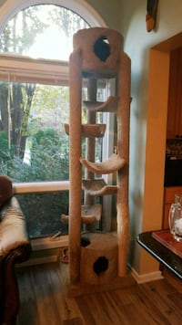 8 foot cat tower McLean, 22101