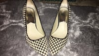 Pair of black-and-white pumps - Michael Kors 69 km
